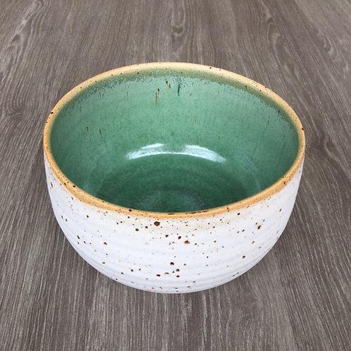Skål i lava-ler med kobbergrøn indvendig