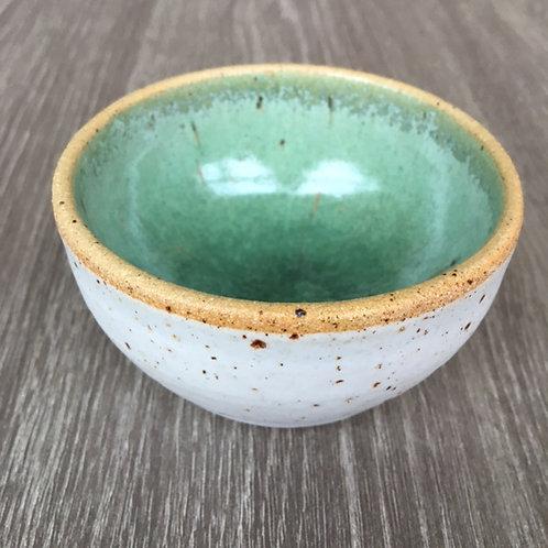 Lille keramik skål i lava-ler