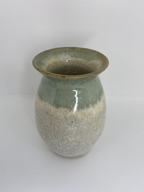 Vase med krystaller og kobbergrøn top