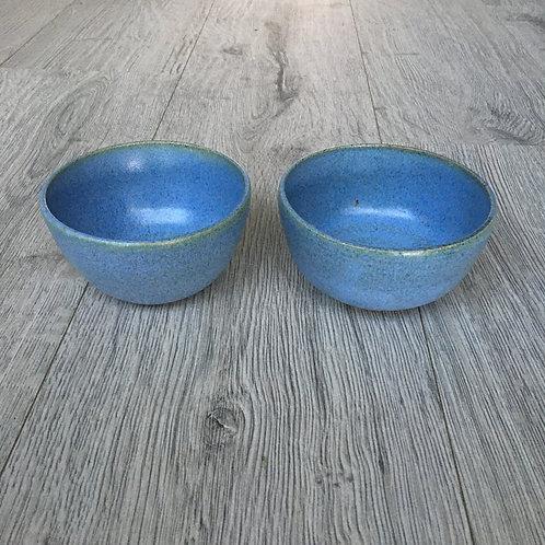 Skåle i smuk blå/grøn glasur