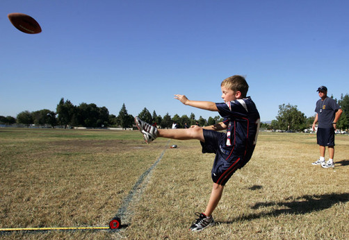 NFL Punt Pass and Kick competition, 8 years old