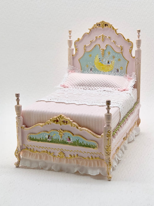 Hand painted girl bed in soft pink scale 1.12