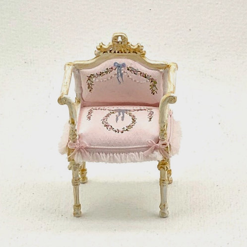 Chair painted by hand.Princess Pink Collection.Scale 1.12