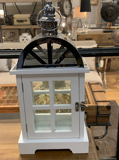 Portavela pequeño de madera blancay top metal plata