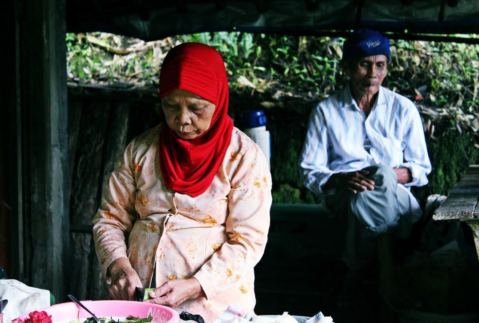 Grandparents waiting for visa
