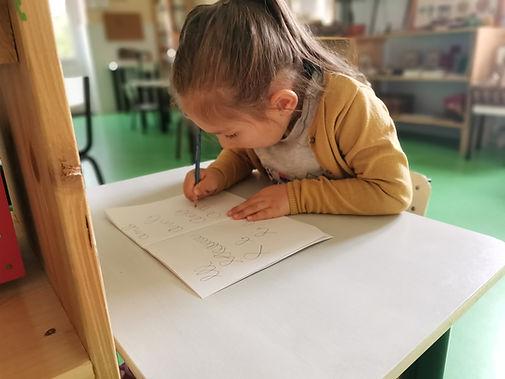 école - atelier Montessori - écriture