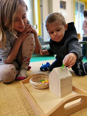 ecole - atelier Montessori - la tirelire