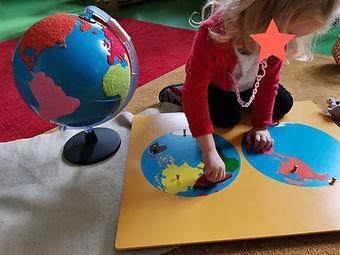 école - atelier Montessori - géographi