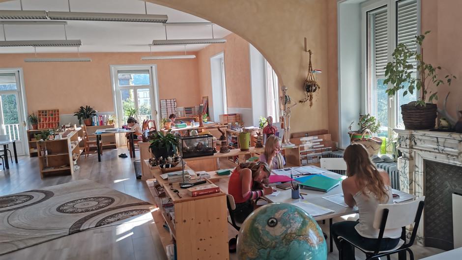 Une journée dans la classe des Chouettes (6-11 ans)