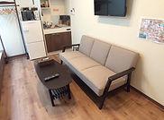 room_103_sofa.jpg