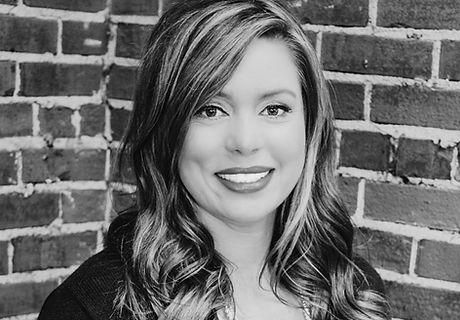 Heather_Salon Headshot 2020.jpg