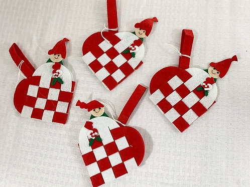 4 Heart Ornaments With Gnomes