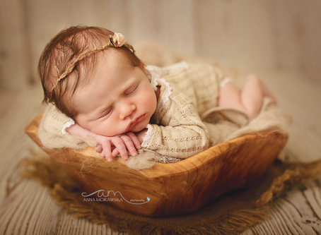 Tips for photographing your own baby.
