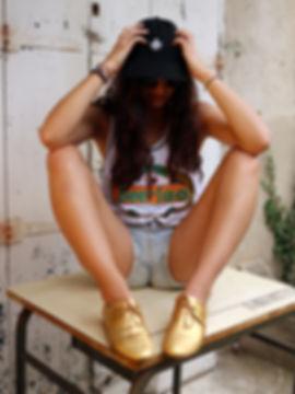 GURU-manifeste-beergirl.jpg