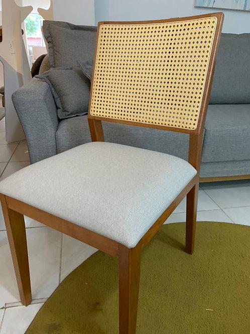 Cadeira Naturale tela sintética tec 192B cor canela