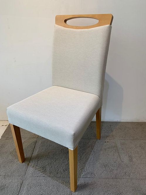 Cadeira Ponta Negra estofada tec 167