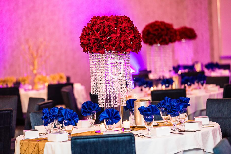 Wedding-Reception-Centerpiece-Silver-Globet