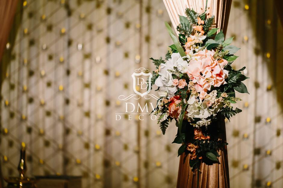 Tie-Bouquet