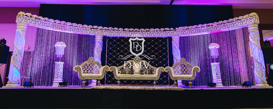 Reception-White-Half-Moon-Mandap-Gold-Candle-Stand