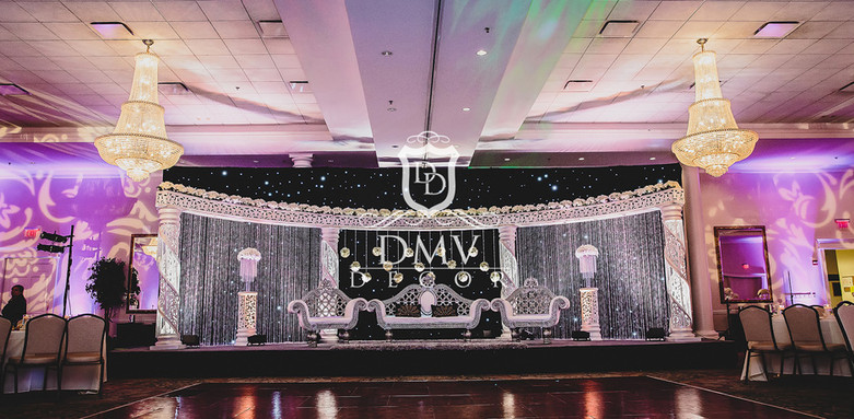 Indian-Wedding-White-Half moon-Mandap