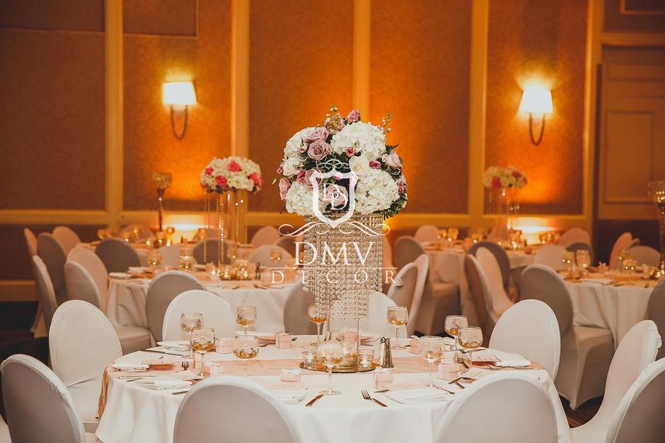 Guest Table Floral Centerpiece