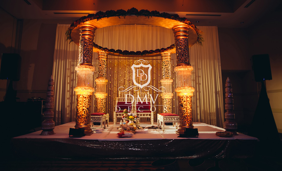 Gold-Round-Mandap-Candle-Stand