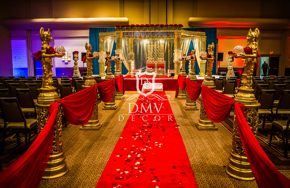 Amazing-Mandap-Red-Furniture