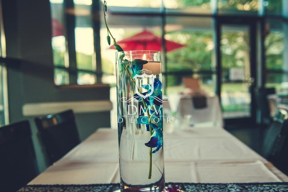 Glass-Vase-Dendrobium-purple