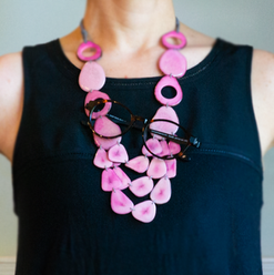 Vi mingle pink - example -Necklace eyegl