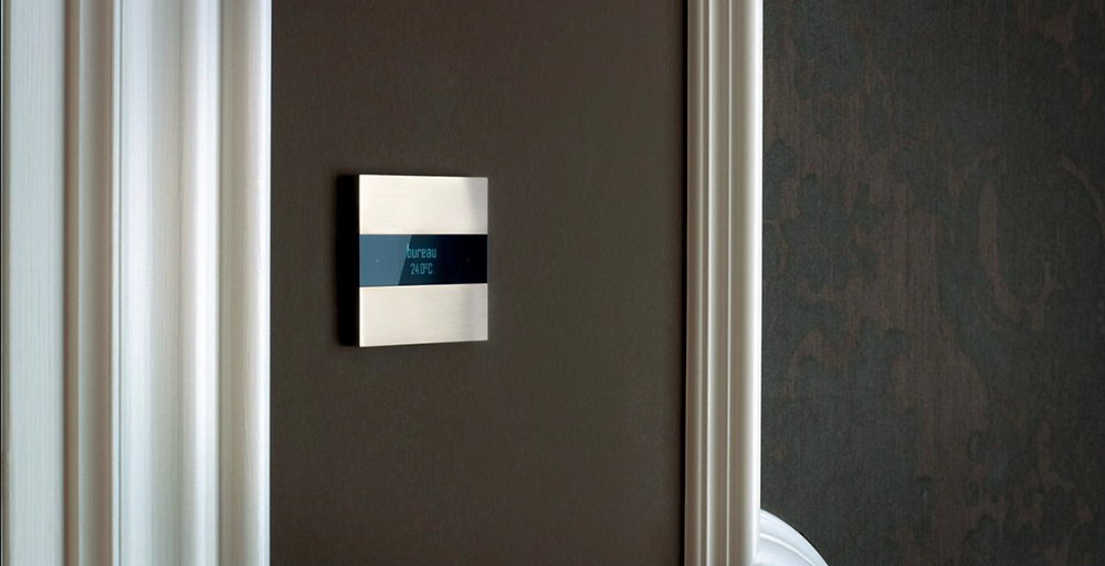 This stunning keypad offers simple control of lighting, heating, shades and music. All via the KNX platform.