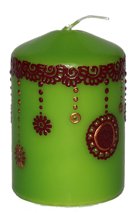 Green Candle With Deep Red Design