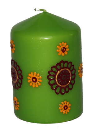 Green Candle With Deep Red and Yellow Design