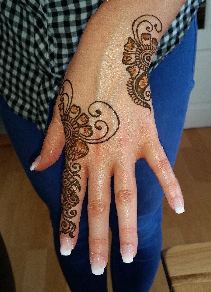 Henna Doodle