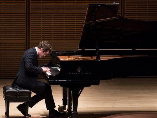 Benjamin Grosvenor receives outstanding review from New York Times