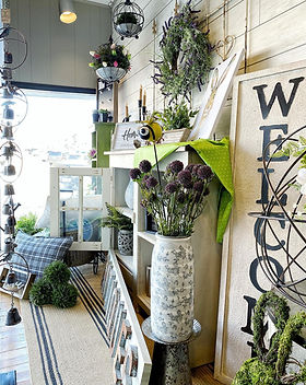home decor, signs and florals