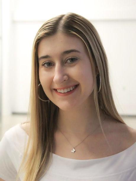 Assistant Stage Manager - Karolina Solov