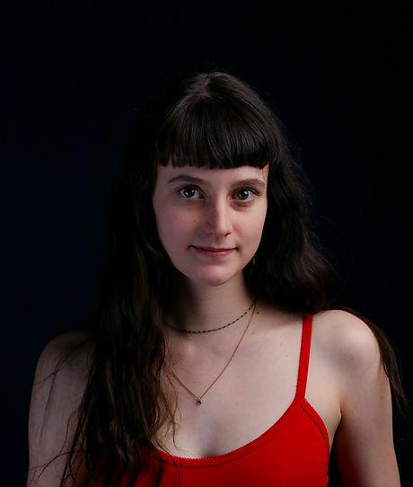 Cassie Headshot.jpg