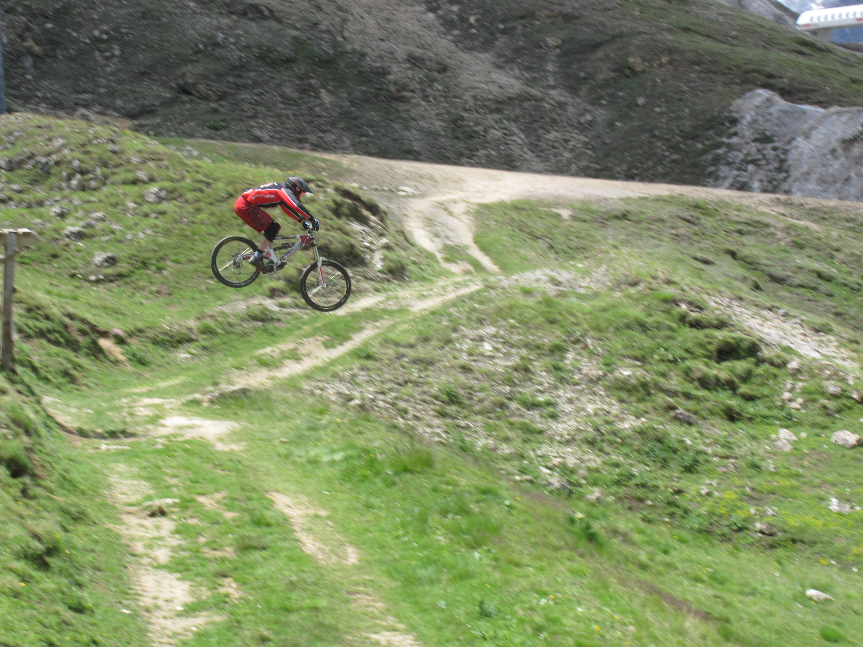 Tignes with White Room MTB