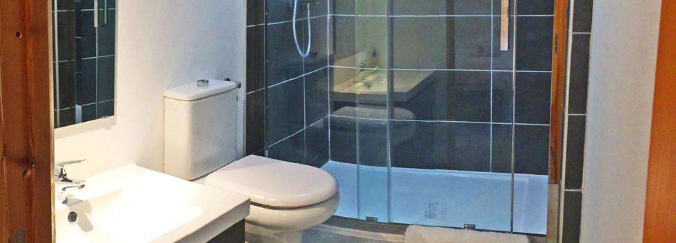 Showerroom, room 3