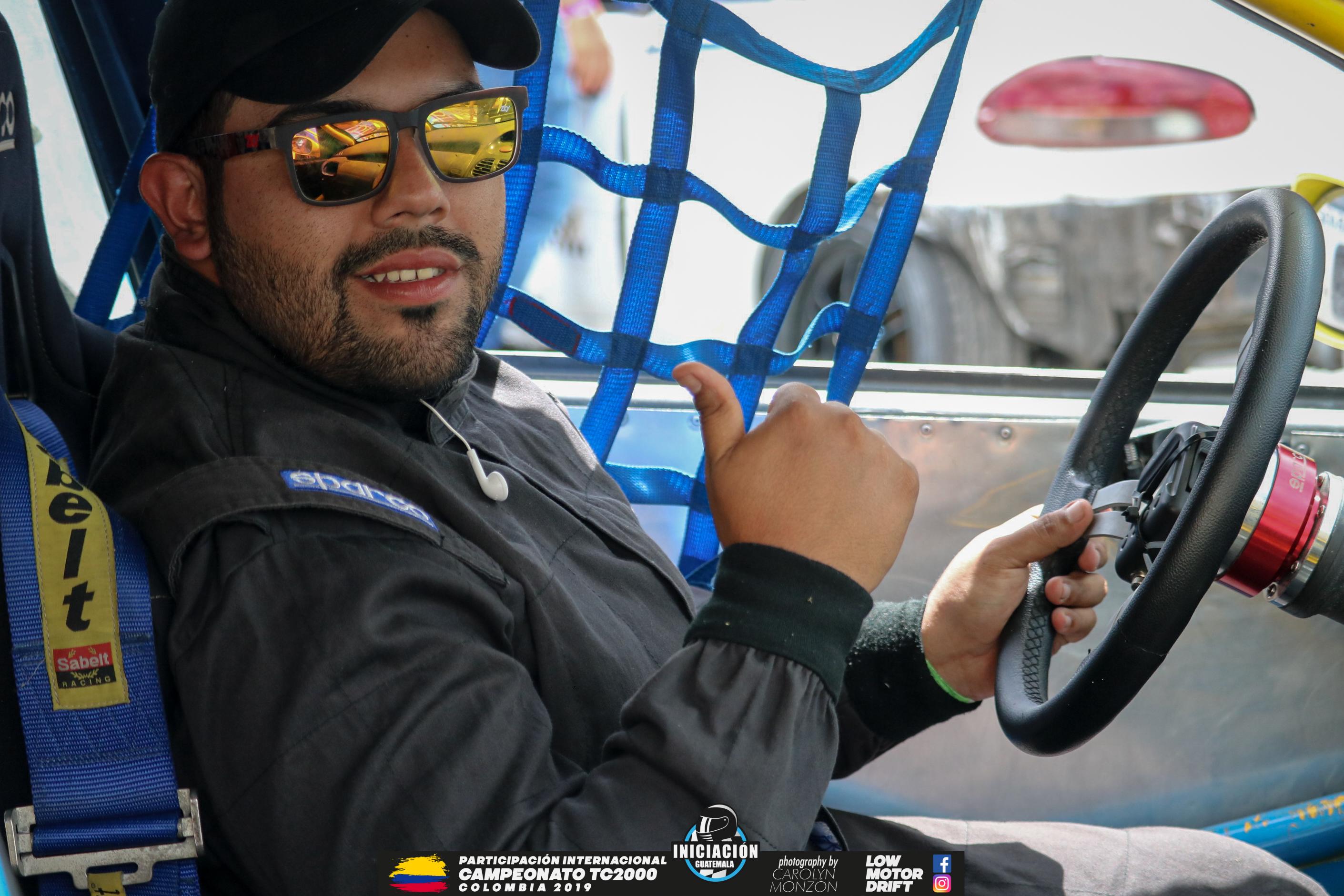 Piloto Guatemalteco Jonatan Leiva