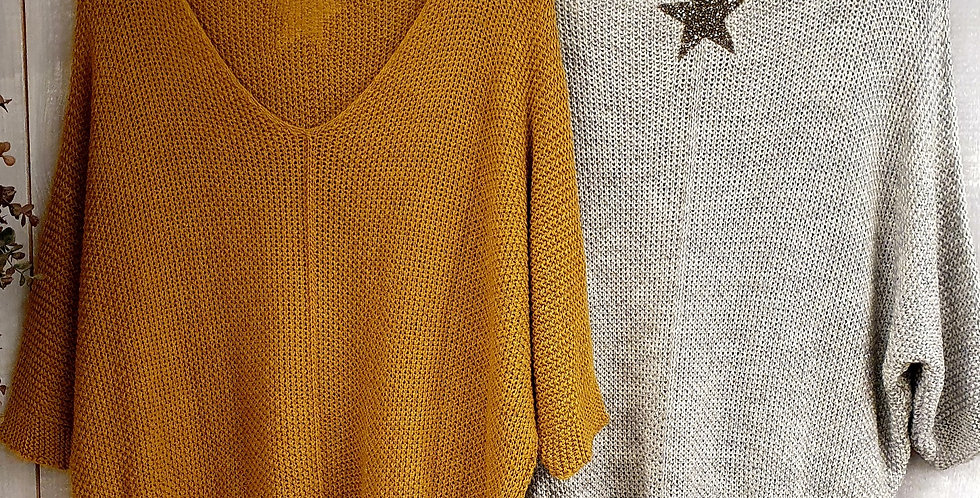 CROCHET KNIT JUMPER WITH CRYSTAL ENCRYSTED STAR MOTIF ON BACK