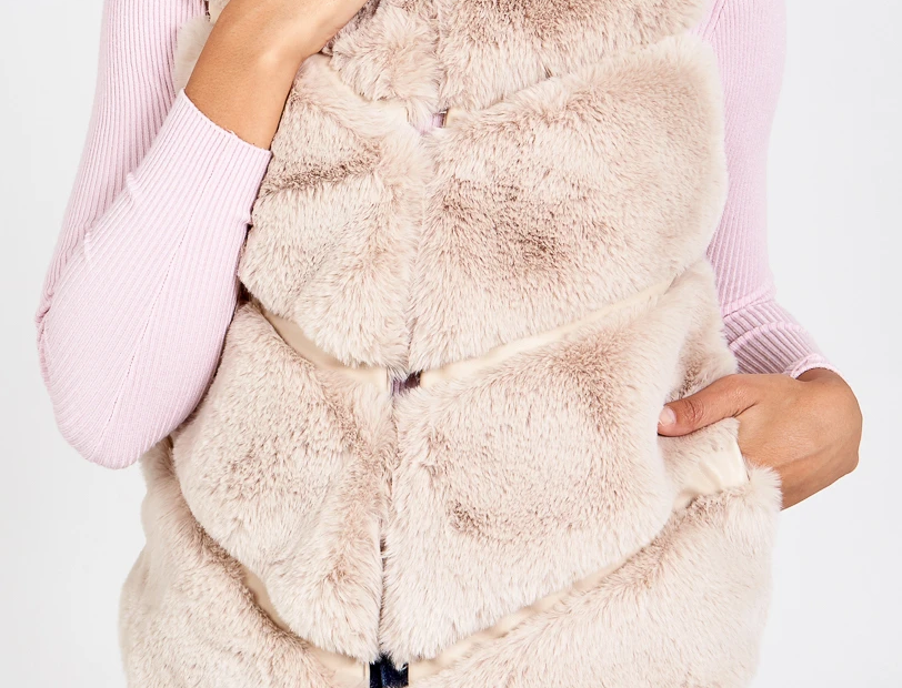 Faux Fur Pelted Gillet - Stone
