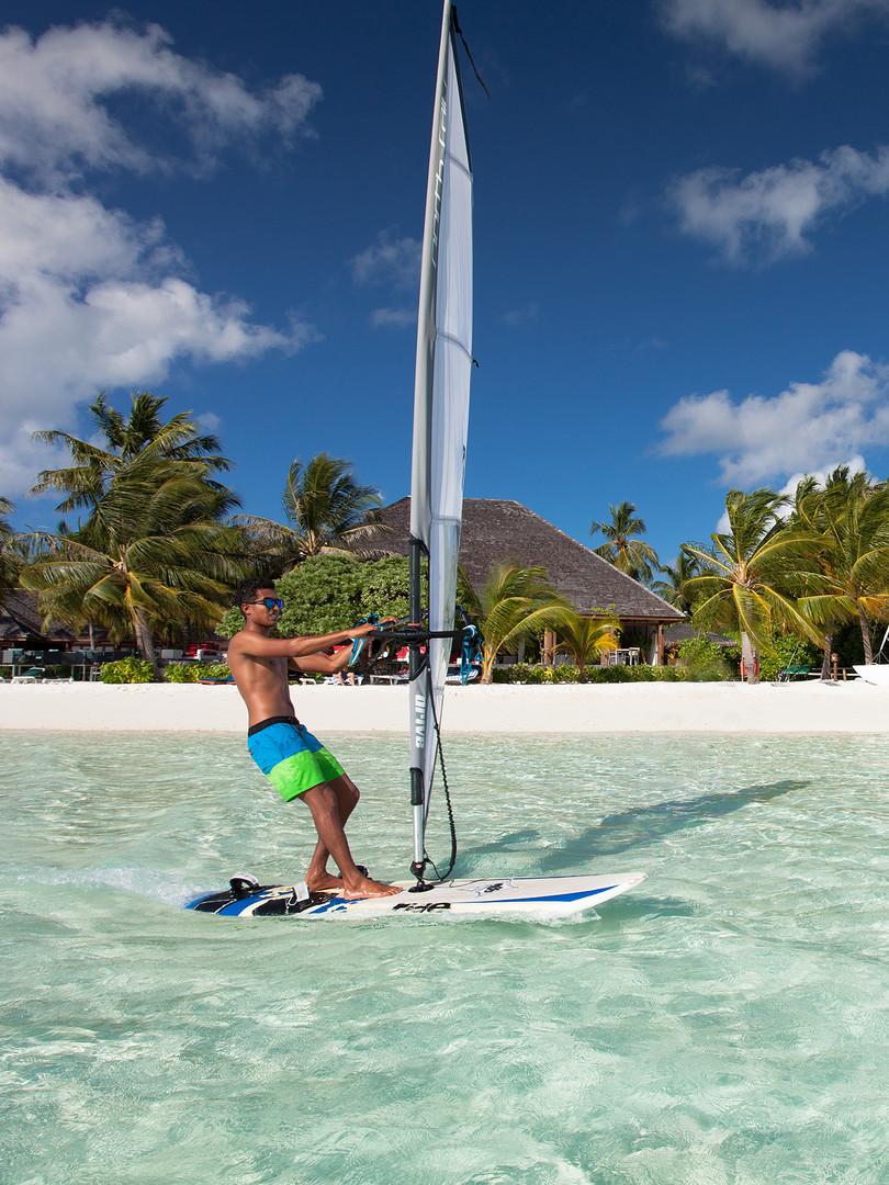 Vilamendhoo Windsurfing