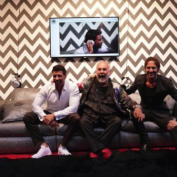 Sofa Red Carpet