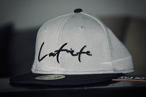 Latviete / Grey