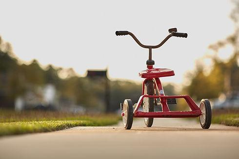 tricycle-691587_1920.jpg
