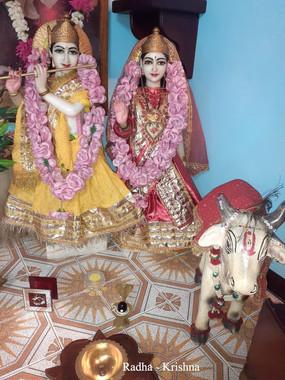 10)Radha-Krishna_titre.jpg