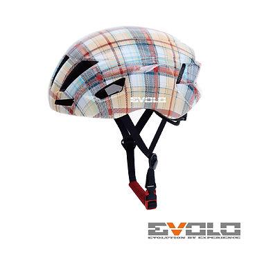 Helmet 999-01.jpg