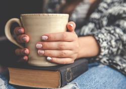 hands-cup-mug-coffee-book-warm-winter-na
