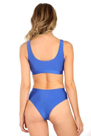 Ana-Tori-blue-back-HR.jpg